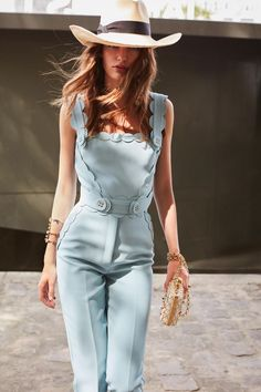 New Fashion Week Dresses Haute Couture Runway 39 Ideas Fashion Mode, Fashion Week, Look Fashion, Paris Fashion, New Fashion, Trendy Fashion, Runway Fashion, Fashion Show, Fashion Outfits