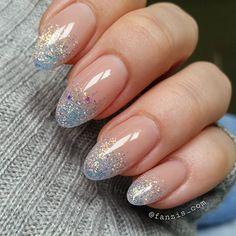 And a photo #glitternails