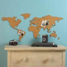 Corkboard Map- pin pictures from where you have been... i like!