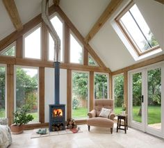 Cool 80 Charming Sunroom Design and Decorating Ideas https://bellezaroom.com/2018/04/16/80-cozy-sunroom-decorating-ideas/