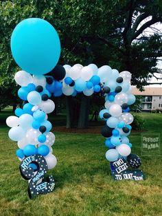 DIY Toddler birthday - Rock n' roll - Balloon arch - Toddler birthday decorations - Photo booth - Rock n' roll themed birthday - Music festival themed birthday - TWO Legit To Quit Tour - Riot's birthday fest 2016