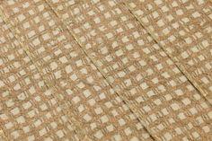 139,90€ Preis pro Rolle (pro m2 18,58€), Glamouröse Tapeten, Trägermaterial: Vliestapete, Oberfläche: Crush, Fühlbares Relief, Optik: Muster schimmernd, Untergrund matt, Design: Falten, Gewebe, Grundfarbe: Hellelfenbein, Musterfarbe: Bronze, Gold, Eigenschaften: Gute Lichtbeständigkeit, Schwer entflammbar, Trocken restlos abziehbar, Wand einkleistern, Waschbeständig