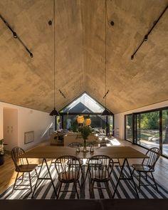 morini black house, 'la negrita,' is nestled among a forest in argentina Loft Interior Design, Loft Design, House Design, House Cladding, Modern Barn House, Black House Exterior, Weekend House, Loft Interiors, Shed Homes