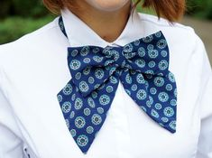 Items similar to Blue women bow tie Blue cotton bow tie Fashion bow tie Designer model Labor day party on Etsy Making Bows For Wreaths, Navy Blue Bow Tie, Women Bow Tie, Bow Pattern, Tie Styles, Models, Stylish Outfits, Stylish Clothes, How To Make Bows