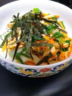 """Kimuchi-don with salmon & vegetable"" - japanese recipe/ 鮭と野菜のキムチ丼"