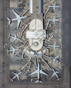 Photographer Mike Kelley specializes in stunning aviation photography. His latest project has him flying over LAX and boneyards in a helicopter. Airplane Photography, Aerial Photography, Space Photography, Air France, Drones, Airport Design, Helicopter Pilots, Architectural Photographers, Photography Lessons