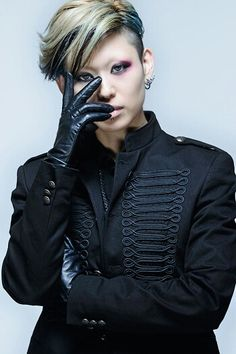 exist†trace's new look! Boys Wearing Makeup, Visual Kei, Character Inspiration, New Look, Leather Jacket, People, Girls, Japan, Rock