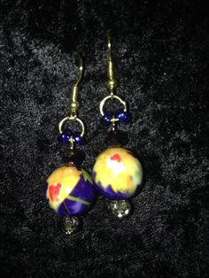 Sparkly Flower Earrings by CraftyOlBats on Etsy