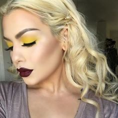 "Mellow yellow 🌙 luminous finish foundation // matte eyeshadow from // pro contour and highlight palette // new lipstick in ""disturbed"" // highlight I made from loose pigments ☺️ Makeup Inspo, Makeup Inspiration, Beauty Makeup, Hair Makeup, Hair Beauty, Makeup Ideas, Makeup 101, Mua Makeup, Matte Eyeshadow"