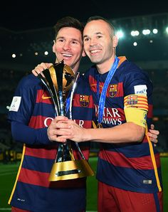 Picture: Club record holders Iniesta and Messi with their Barcelona trophy Fc Barcelona, Messi And Neymar, Messi Soccer, Good Soccer Players, Football Players, Lionel Messi Wallpapers, Pier Paolo Pasolini, Argentina National Team, Sport Outfits