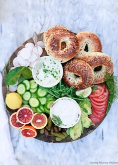 This breakfast or brunch Charcuterie board is loaded with bagels veggies and Vegan Cream Cheese! #Charcuterie #breakfastCharcuterie #Charcuterieboards Vegan Breakfast Recipes, Delicious Vegan Recipes, Vegetarian Recipes, Yummy Food, Healthy Recipes, Recipes Dinner, Fun Baking Recipes, Cooking Recipes, Easter Recipes