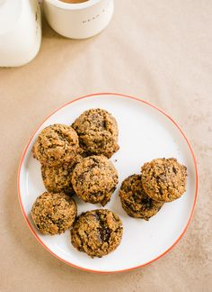 Gluten free chocolate chip cookies (egg & dairy free too!)