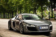 Grey R8