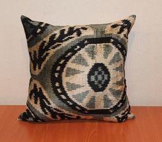 Ikat Pillow  Decorative Velvet Ikat Throw Couch door TEXTILEGALLERY, $55.00