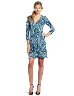 Work Dresses For Women, Nice Dresses, Clothes For Women, Tie Dress, Wrap Dress, Bcbgmaxazria Dresses, New Wardrobe, Green Dress, Spring Fashion