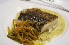 Bacalao con verduras. Platos sin carne, vegetarianos en  wwww.restauranteespadana.es