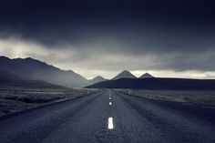 this isn't happiness™ (All roads lead to nowhere, Andreas Levers), Peteski