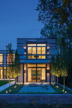 High-end residential architecture firm, Donald Lococo Architects in Washington DC, created a custom home for a couple that wanted a mullet style house. A traditional exterior front evolves into a mid century modern design. Modern Courtyard, Courtyard Design, Mid Century Modern Design, Modern House Design, Residential Architecture, Interior Architecture, Interior Design, Home Design Magazines, Architectural Services