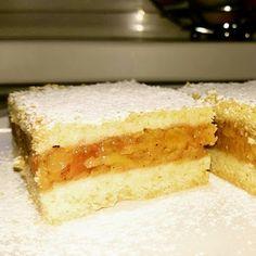 Dvě v troubě: Legendární jablečný koláč Chocolate Velvet Cake, Yami Yami, Churro, Dessert Recipes, Desserts, Flan, No Bake Cake, Apple Pie, Vanilla Cake