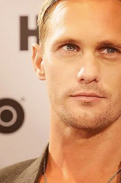 Alexander Skarsgard OMG!!! Yes please!