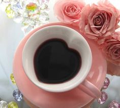 taza forma de corazón rosa