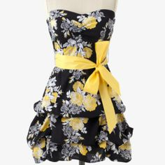 Very pretty dress! Found it at shop.stagestores.com they have a lot of cute dresses.