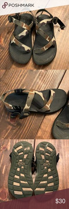 356e23efa9ef Chaco kids size 4 camo sandals Kids  Chaco sandals  Machine washable and  durable for