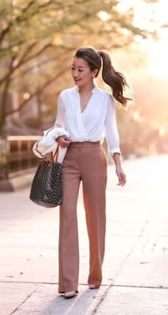 Stunning 47 Chic and Stylish Interview Outfits for Ladies #interviewoutfits #ladybossstyle