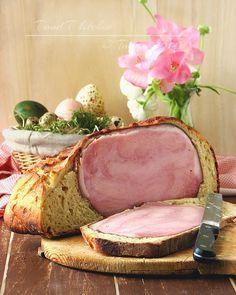 Easter ham baked in no knead bread dough - Šunka u kruhu koji se ne mijesi Pork Recipes, Baking Recipes, Easter Ham, No Knead Bread, Mouth Watering Food, Bread Baking, Camembert Cheese, Cooking Tips, Food And Drink