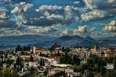 El albaicin desde la colina rojo  http://xurl.es/sb5vz , Galería de JavierRJ #planesgranada pic.twitter.com/rI1Kgf6EzK
