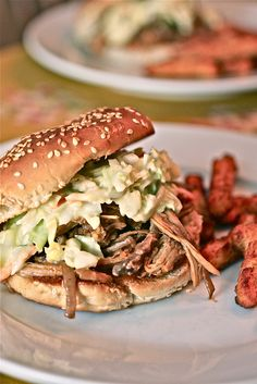 Pulled Pork & Slaw Sandwiches - Smells Like Home - Crockpot Recipes Slow Cooker Soup, Slow Cooker Recipes, Crockpot Recipes, Pork Shoulder Roast, Cold Sandwiches, Pork Sandwich, Pasta, Pulled Pork, Pork Recipes