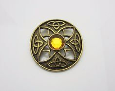 #VintageJewellery Sphinx Scottish Orange Glass Celtic Brooch 1960s new in at #AdornAnew #ShopSmall