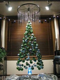 Holiday-Christmas 19 + Unique Japanese Christmas Tree Ideas - Christmas Celebration - All about Christmas Wall Christmas Tree, Unique Christmas Trees, Diy Christmas Ornaments, Beautiful Christmas, Simple Christmas, All Things Christmas, Handmade Christmas, Christmas Holidays, Alternative Christmas Tree