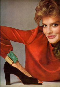 Vogue Editoiral July 1974 - Rene Russo by Richard Avedon