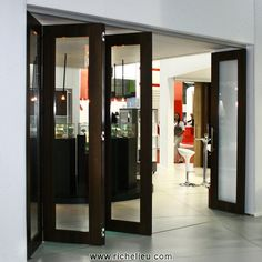 sliding doors technical items