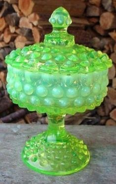 *FENTON ART GLASS ~ Topaz Opalescent Hobnail Covered Candy Dish