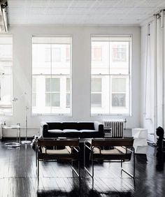 The 1925 Wassily Chair from Marcel Breuer, Knoll Catch up with iconic design on interiors blog www.seasonsincolour.com