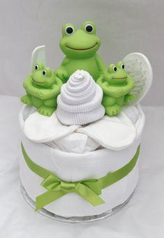 Mini Bathtime Frog Nappy Cake by CoochyCooNappyCakes on Etsy, £15.00