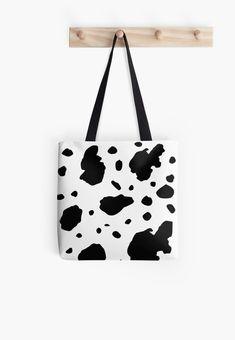 Einfaches Kuh Flecken Muster. • Entdecke einzigartige Designs und Motive von unabhängigen Künstlern. Designs, Tote Bag, Bags, Cow Pattern, Handbags, Totes, Bag, Tote Bags, Hand Bags