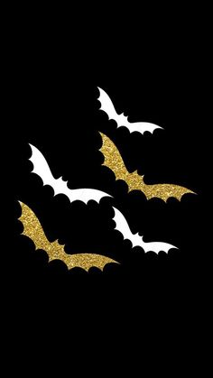 Halloween image saves bat's and bat rights from my mother patricia madonna (wofford married and divorced name) being a bat satan for 14-15 years so me and my sister and brothers and children and neice have bat rights. Cute Fall Wallpaper, Iphone Wallpaper Fall, Holiday Wallpaper, Halloween Wallpaper Iphone, Halloween Backgrounds, Cellphone Wallpaper, Mobile Wallpaper, Wallpaper Backgrounds, Iphone Wallpapers