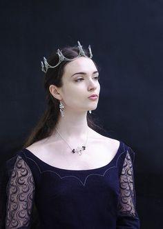 Elven circlet - Elentári crown, Fantasy bridal tiara, Crystal crown, Quartz crystal tiara, Witchy crown, Mermaid wreath, LotR tiara