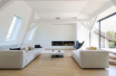 A Contemporary Attic Apartment in the Neustadt District of Strasbourg, France / The Attic by f+f architectes (1)