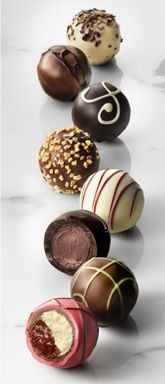Shop for family gifts at GODIVA like the 12 piece Ultimate Dessert Truffles Box. These chocolates make great gifts for families, friends, and you. Chocolate Bonbon, Chocolate Heaven, Chocolate Shop, Chocolate Lovers, Chocolate Recipes, Praline Chocolate, Chocolate Brownies, Fudge, Truffle Recipe