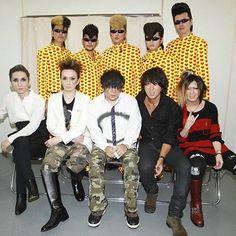 いいね!77件、コメント2件 ― インスタグラムがバクチクするさん(@bucktickandprojects)のInstagramアカウント: 「Hisashi with Hisashi and J and Hide(to) support members backstage at Kishidan Banpaku #friendfriday…」