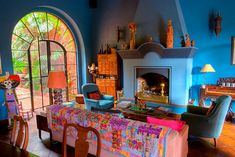 Architectural detail, San Miguel de Allende, Mexico. Authentic Mexican decor at http://www.lafuente.com/