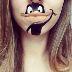 17 офигительных рисунков на губах