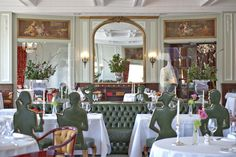 The Restaurant Romanoff serves sophisticated traditional and international specialities, awarded by GaultMillau. Switzerland Hotels, Christmas Getaways, Carlton Hotel, St Moritz, Restaurant Bar, Contemporary Design, Traditional, Table Decorations, Elegant