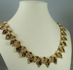 Twin tissés perle collier Vintage inspiré par IndulgedGirl sur Etsy