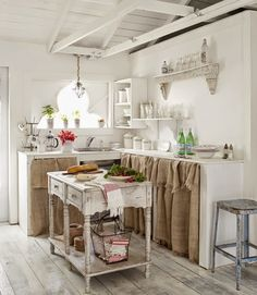 Rustic burlap and cottage whites... a perfect duo!