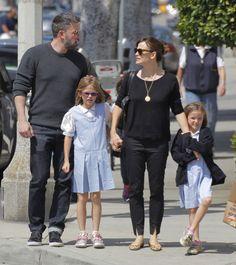 Ben Affleck & Jennifer Garner Announce Divorce - http://site.celebritybabyscoop.com/cbs/2015/06/30/jennifer-announce-divorce #BenAffleck, #Divorce, #HollywoodDivorce, #JenniferGarner, #Split